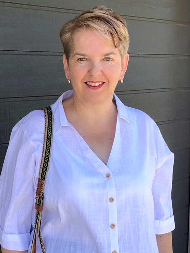Joanne Bingham